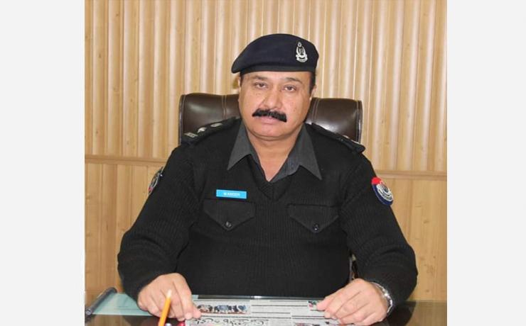 "Waseem Ahmad Khalil <br/> <p style=""font-size:14px"">Chief Traffic Officer, Peshawar</p>"