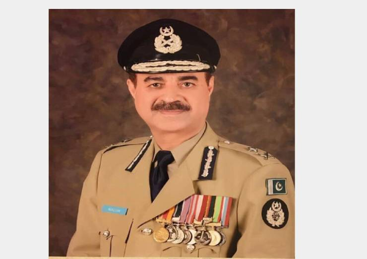 """Mr. Moazzam Jah Ansari<br/><p style=""""font-size:14px"""">Inspector General of Police, KP</p><p style=""""font-size:12px; color:blue; """">Twitter: @KP_Police1 </p>"""