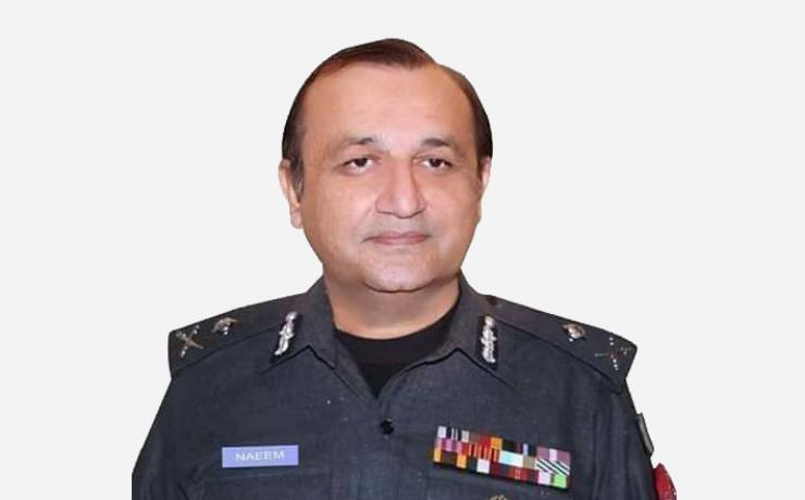 "Dr. Muhammad Naeem Khan<br/><p style=""font-size:14px"">Inspectors General of Police, KP</p>"