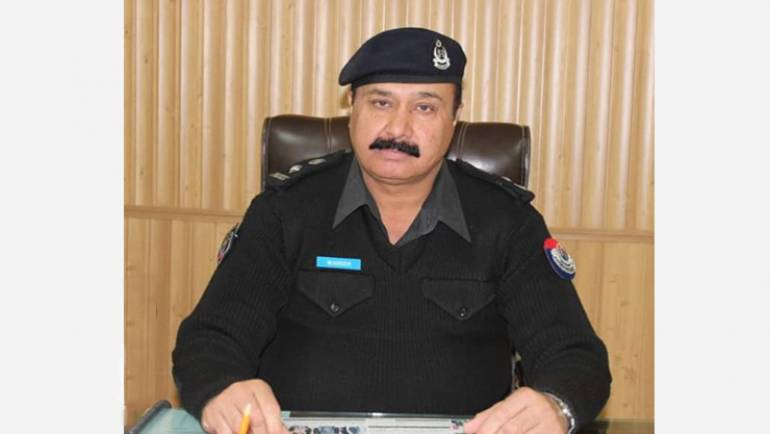 "Waseem Ahmad Khalil <br/> <p style=""font-size:14px"">Chief Traffic Officer, Peshawar</p>"