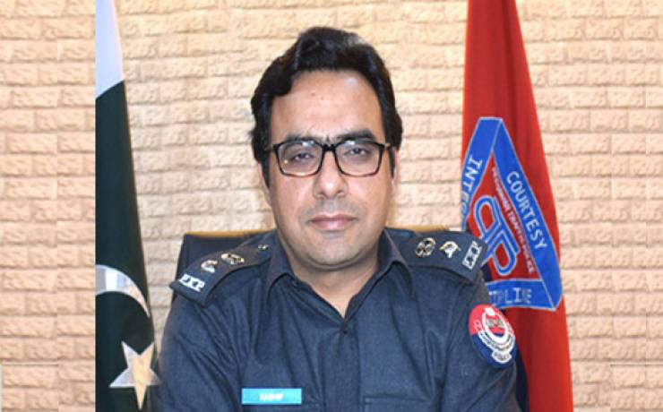"Kashif Zulfiqar<br/> <p style=""font-size:14px"">Chief Traffic Officer, Peshawar</p>"